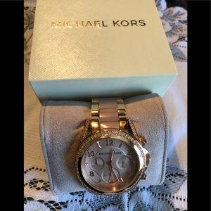 MICHAEL KORS Chronograph Rose Gold Watch MK5943